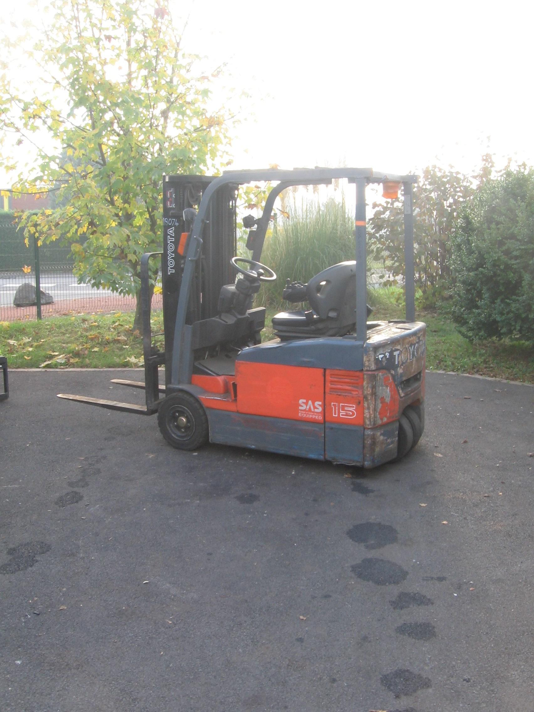 Chariot élévateur TOYOTA 7FBEF15