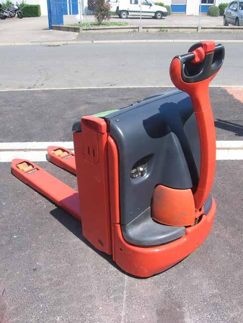 Chariot élévateur FENWICK T20